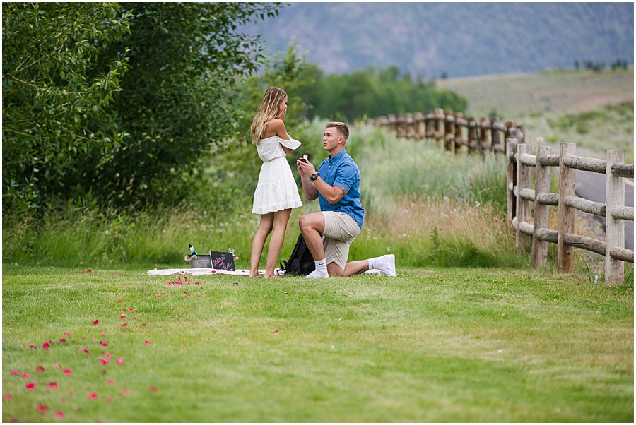 Sun_Valley_Engagement_Photography_0001.jpg