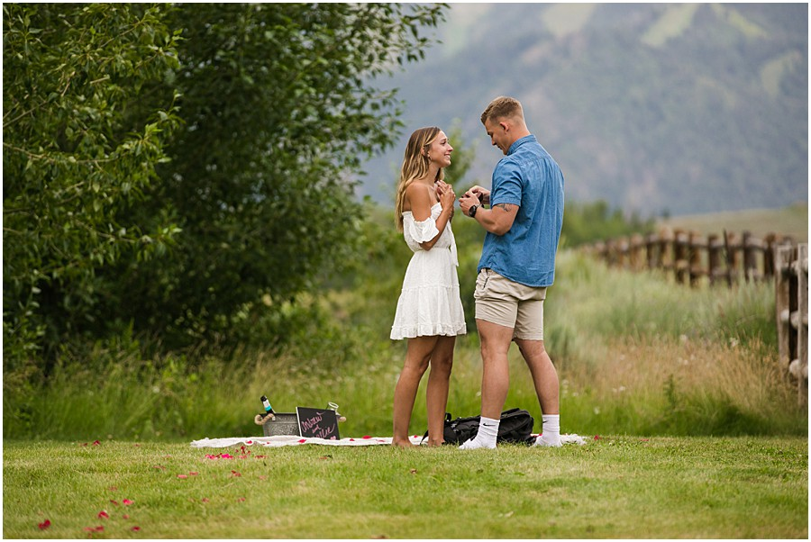 Sun_Valley_Engagement_Photography_0002.jpg