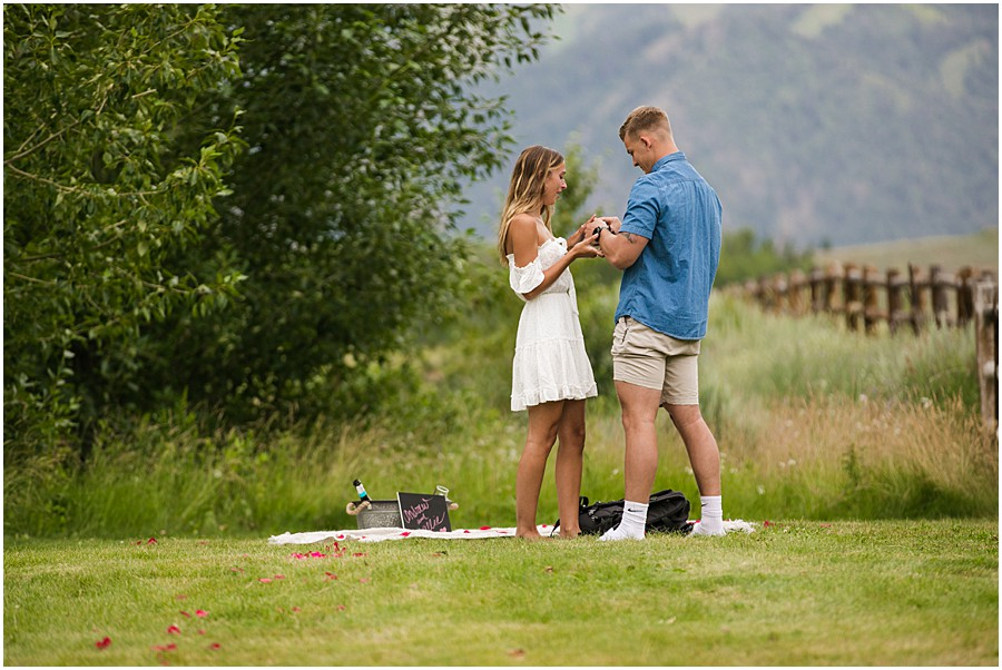 Sun_Valley_Engagement_Photography_0003.jpg